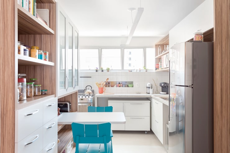 Cocinas de estilo moderno por Nautilo Arquitetura & Gerenciamento
