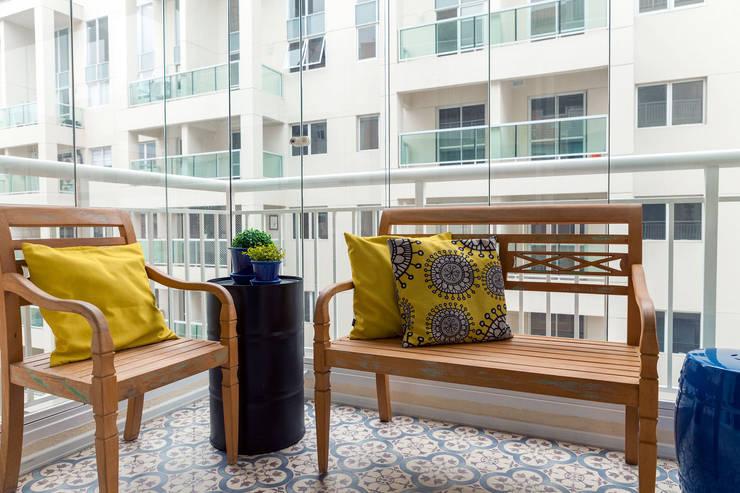 Terrace by Márcio Campos Arquitetura + Interiores