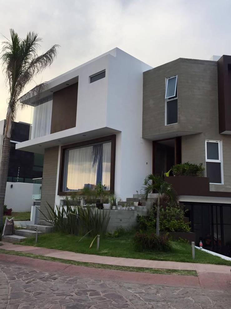 LA RIOJA: Casas de estilo  por Arki3d