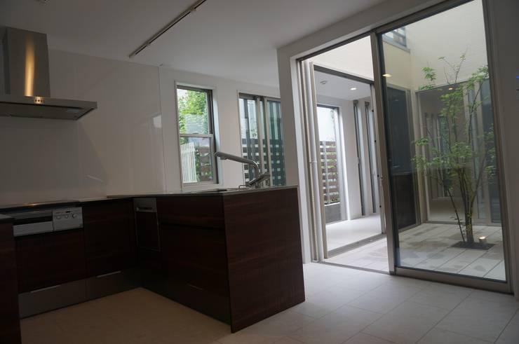 キッチン: DIOMANO設計が手掛けたキッチンです。