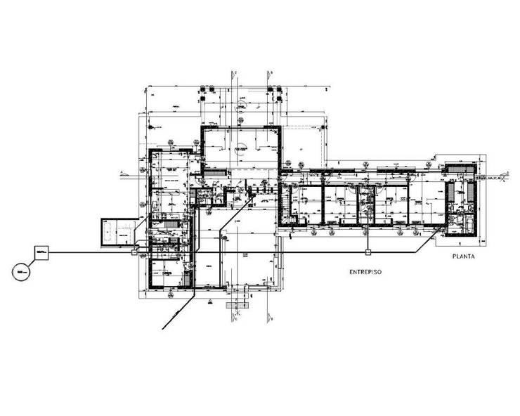 """VIVIENDA UNIFAMILIAR EN """"LA NORIA"""":  de estilo  por Arquitectos Moreno,"""