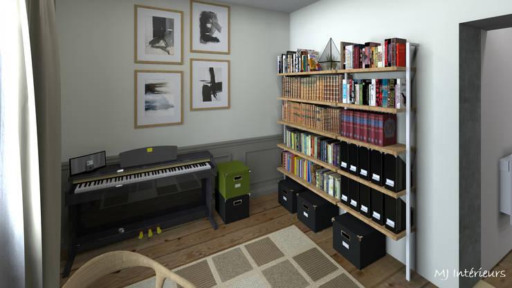 Petit bureau: Bureau de style  par MJ Intérieurs