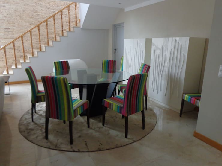 Moradia Particular – Corimba : Salas de jantar  por Joana Neto | Interiores