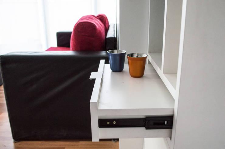 Recámaras de estilo minimalista por MINBAI