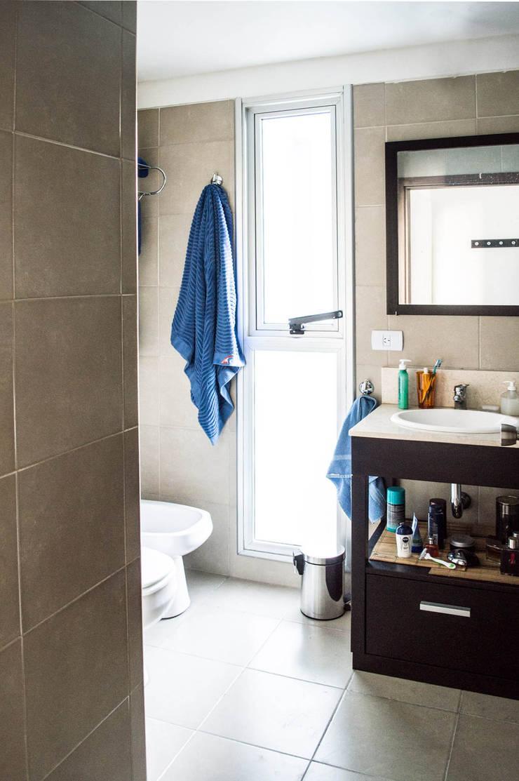 Baño: Baños de estilo  por MINBAI