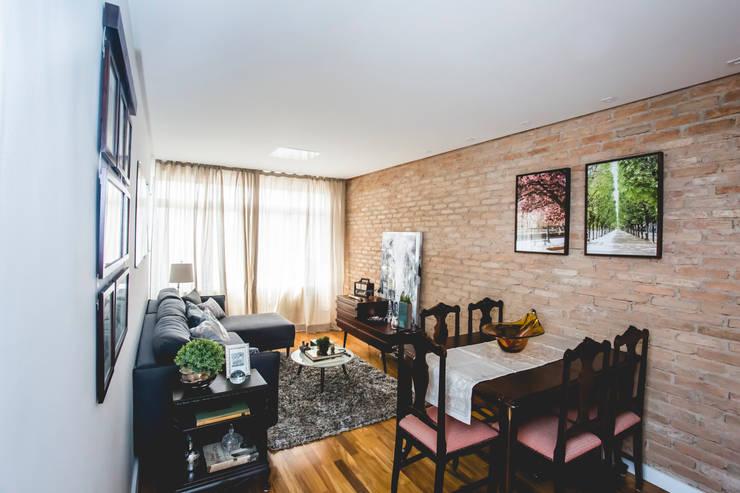 Apartamento – S.B.Campo: Salas de jantar  por Carmen Anjos Arquitetura Ltda.,Eclético Madeira Efeito de madeira