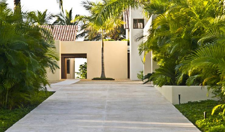 Casa Beidisia: Casas de estilo  por José Vigil Arquitectos