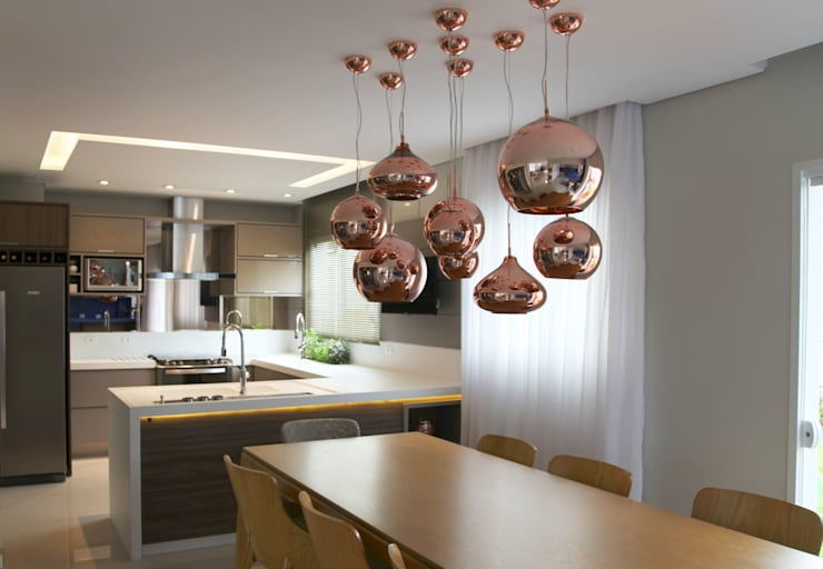 Projekty,  Jadalnia zaprojektowane przez Suelen Kuss Arquitetura e Interiores