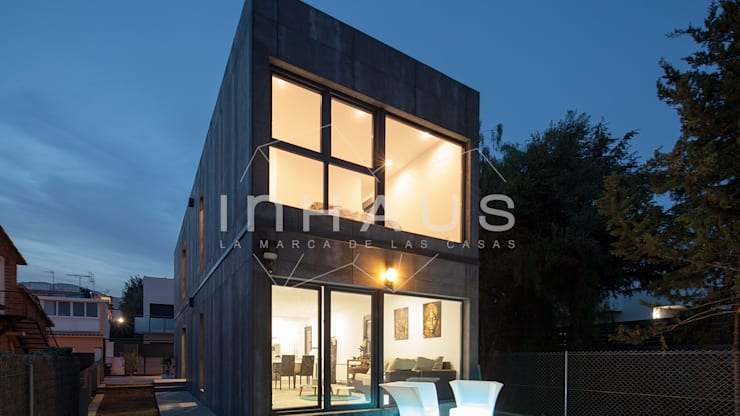 Nhà by Casas inHAUS