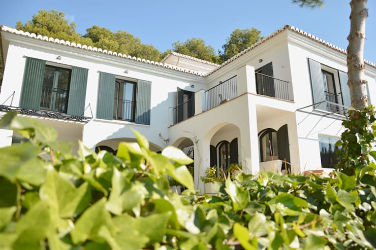 Casa Hazewinkel: Casas de estilo  de Domingo y Luque Arquitectura