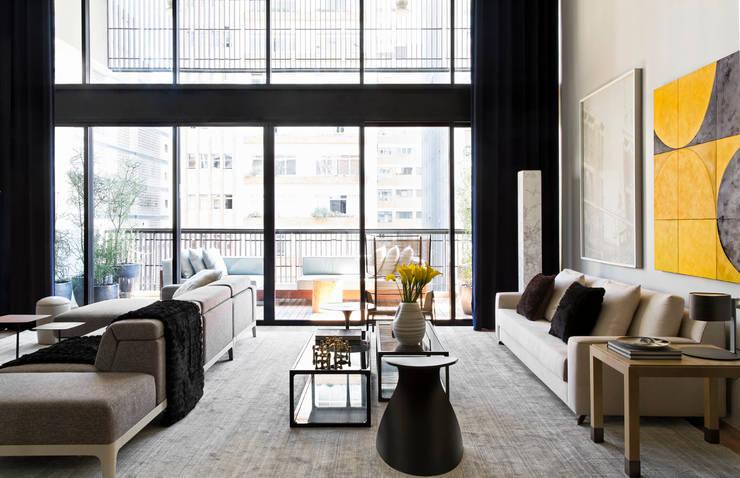 Salas de estilo moderno por DIEGO REVOLLO ARQUITETURA S/S LTDA.