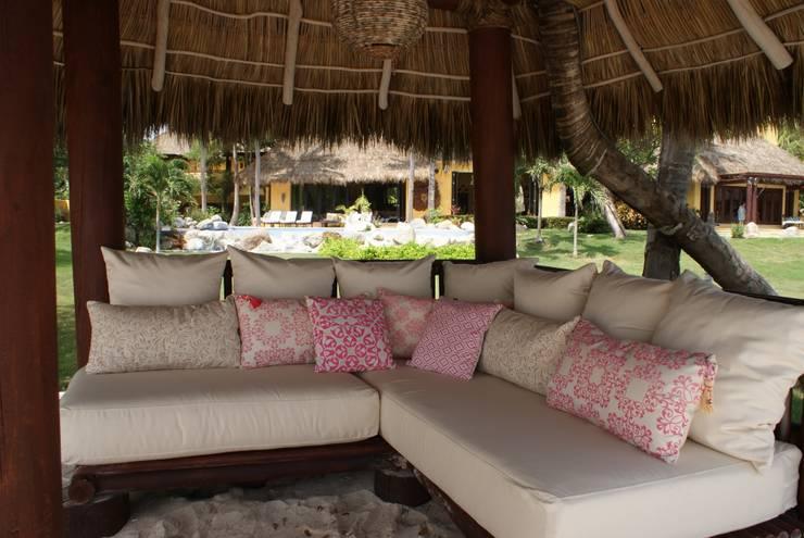 Cono en la playa de Al Hilo Ecléctico Textil Ámbar/Dorado