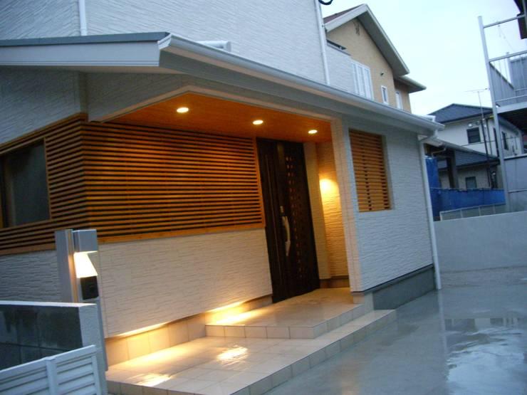 エントランス: DIOMANO設計が手掛けた家です。,