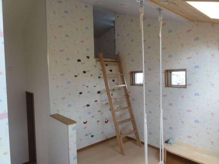 ファミリースペース: DIOMANO設計が手掛けた子供部屋です。,
