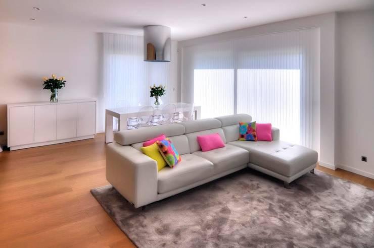 Salas de estar  por Modesto Crespo