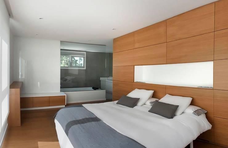 臥室 by Modesto Crespo