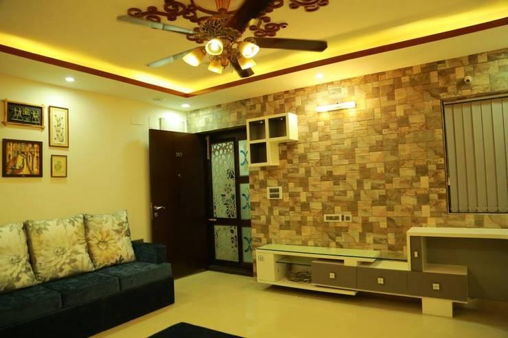 Kulkarni Project:  Living room by wynall interiors,Modern