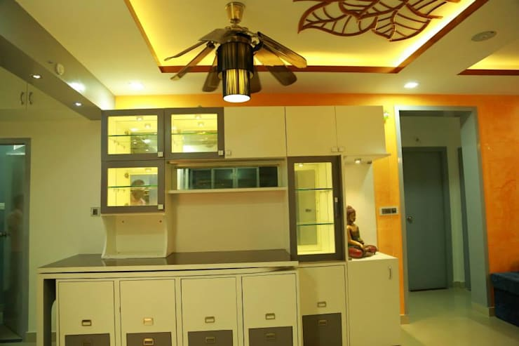 Kulkarni Project:  Dining room by wynall interiors,Modern
