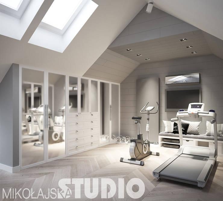 domowy fitnes: styl , w kategorii  zaprojektowany przez MIKOŁAJSKAstudio