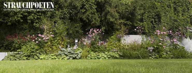 Staudenbeet im August:  Garten von Strauchpoeten