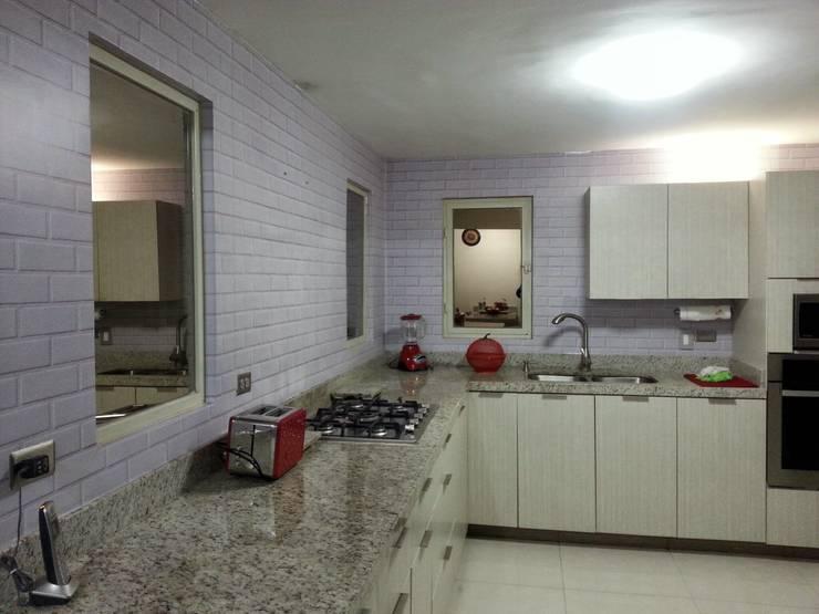 Mi Hogar: Cocinas de estilo  por Liferoom