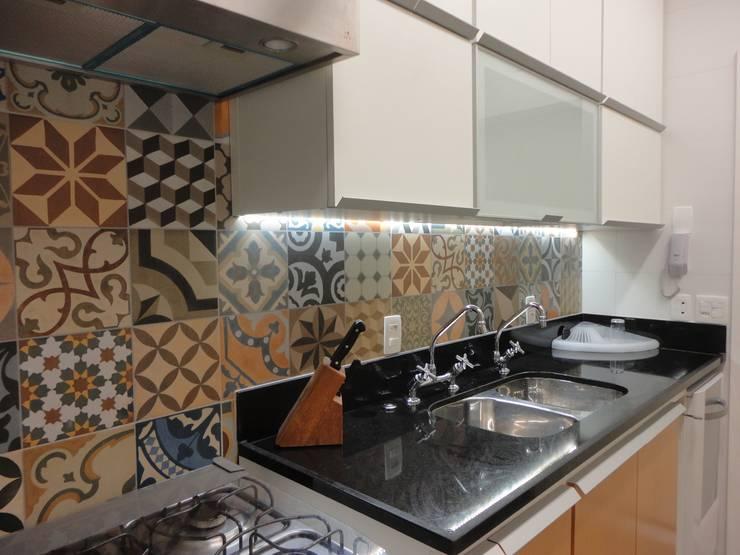 Oficinas de estilo  por Maria Helena Torres Arquitetura e Design