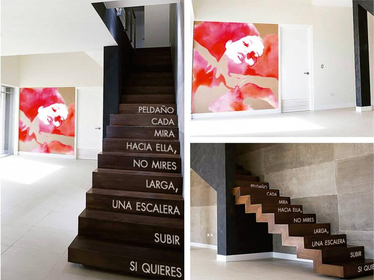 Corridor, hallway & stairs  by Trestepintan