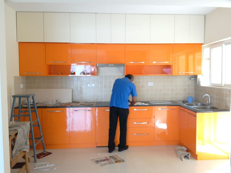 Residential Interior Designers: modern Kitchen by Shri Lakshmi Interior