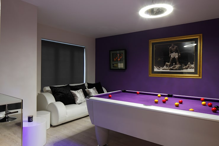 Games room :  Living room by Quirke McNamara