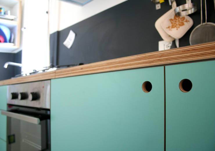 Cocinas de estilo  por Atelier delle Verdure, Ecléctico Madera Acabado en madera