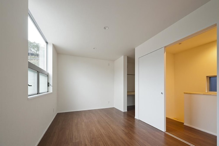 modern Nursery/kid's room by キリコ設計事務所
