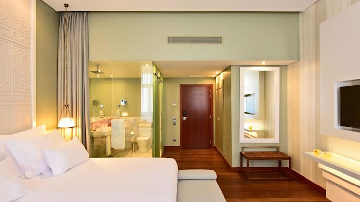 Bedroom: Salas de estar  por Strong Wood Floors