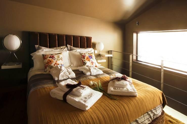 Kamar Tidur by RH Casas de Campo Design