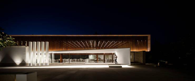 Palácio Igreja Velha / Visioarq - Arquitectos: Locais de eventos  por Visioarq - Arquitectos