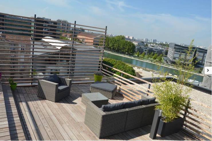 Toit terrasse architecte: Terrasse de style  par RM Architecte