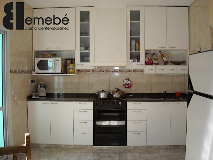 Amoblamientos de cocina, living y otros Cocinas clásicas de Emebé Clásico