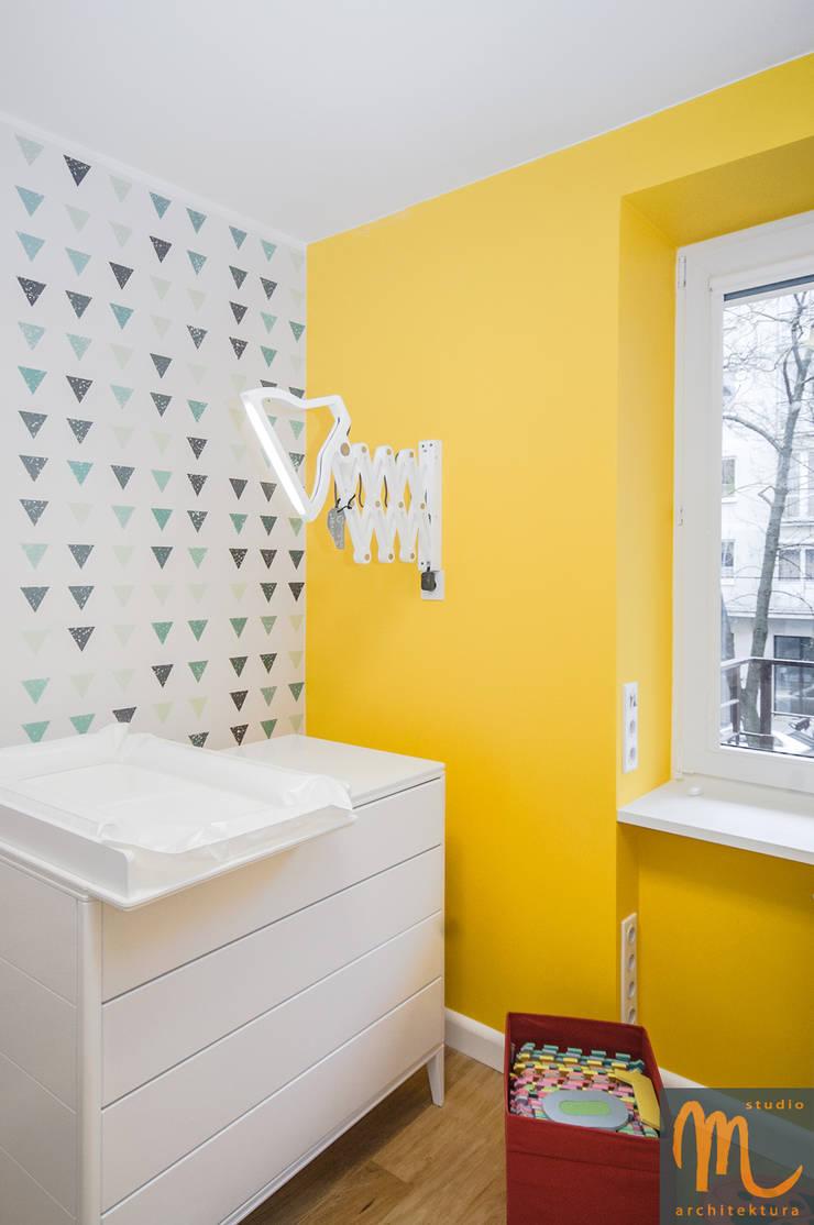NA FALI: styl , w kategorii Pokój dziecięcy zaprojektowany przez studio m Katarzyna Kosieradzka