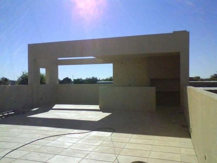 Terrazas de estilo  por Prece Arquitectura