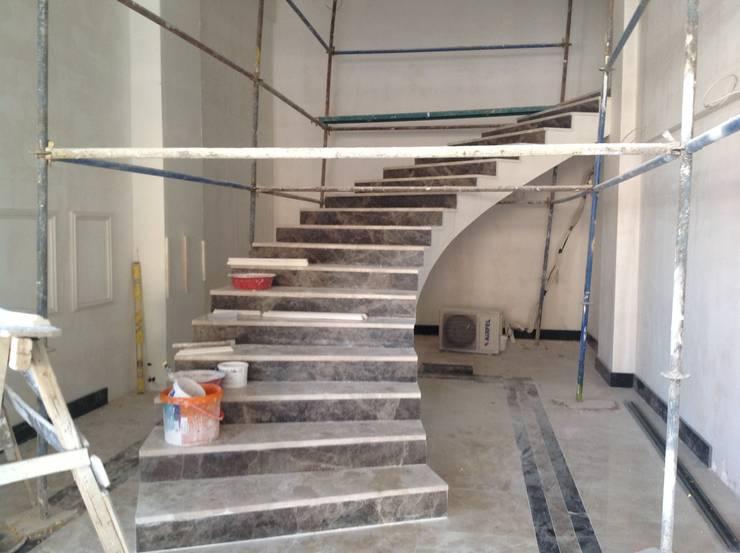 BRISTOL DECO & VILLA – Merdiven İlk hali:  tarz Oteller