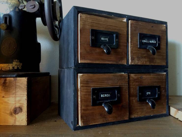 ウッドボックスDIY: watcoが手掛けた家庭用品です。