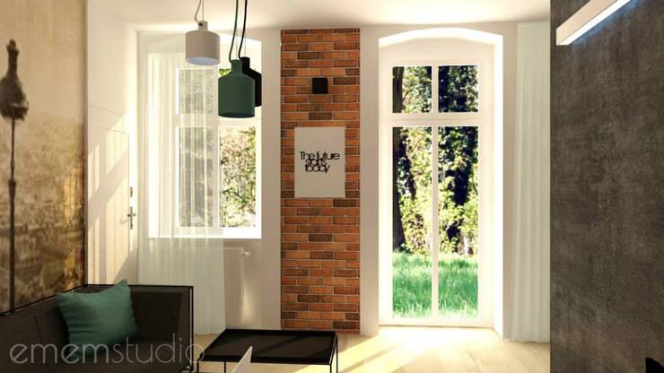 Kamienica Jeżyce: styl , w kategorii Salon zaprojektowany przez EMEMSTUDIO