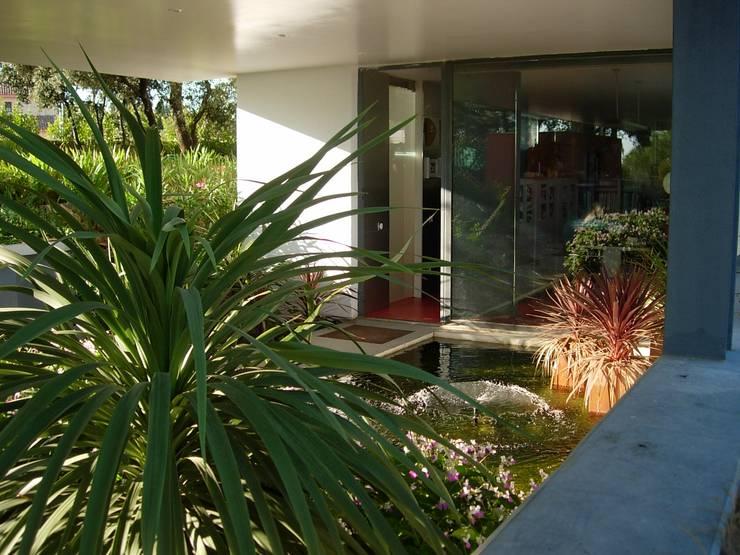 casa CPG - ENTRENCINAS / vivienda unifamiliar aislada en Valdemorillo (Madrid).:  de estilo  de estudio PADIAL GAVIÁN.arquitectura y urbanismo,slp.