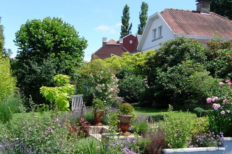 Jardines de estilo  por Préaux Gardens création