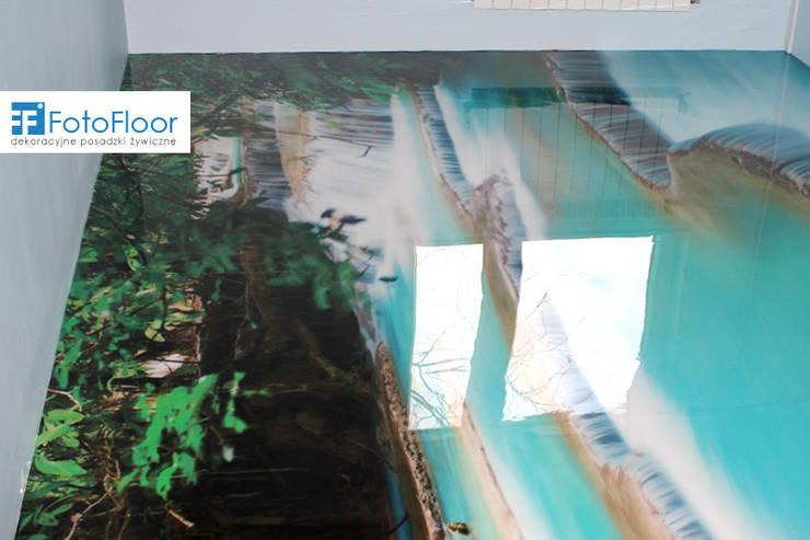 Posadzka żywiczna z motywem wodospadu: styl , w kategorii Sypialnia zaprojektowany przez FotoFloor,Nowoczesny