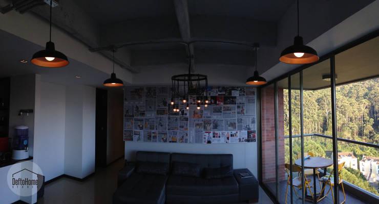 Industrial Livingroom: Salas de estilo  por DeftoHomeStudio INC,