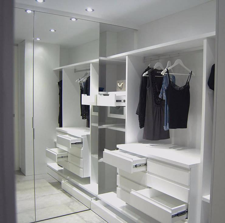 غرفة الملابس تنفيذ AG arquitectura Gorris