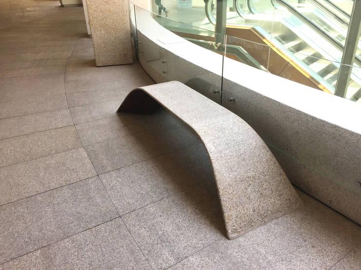 Banca de piso Cuernavaca: Jardín de estilo  por Diseño Neko