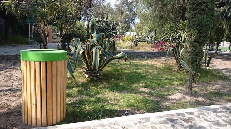 Depósito de desechos Querétaro: Jardín de estilo  por Diseño Neko
