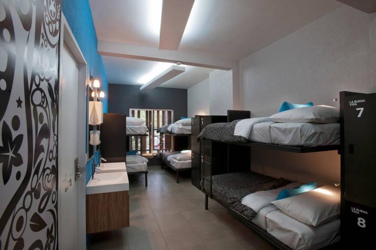Kamar Tidur oleh ARCO Arquitectura Contemporánea , Modern
