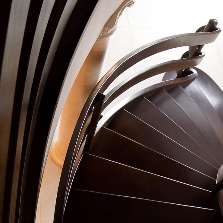 Corridor & hallway by Drewpol II, Classic